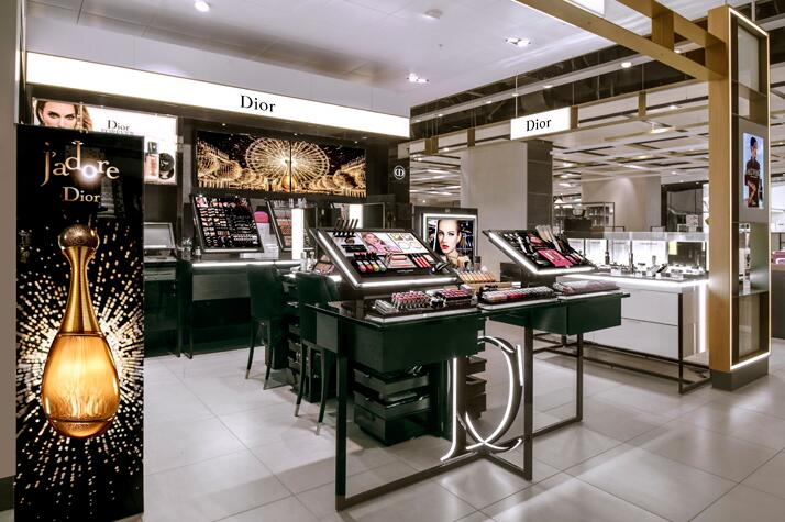 Dior Cosmetics Mall Shop Display