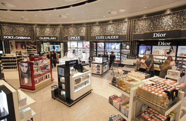 Lancome Shopping Mall Physical Shop Project.jpg